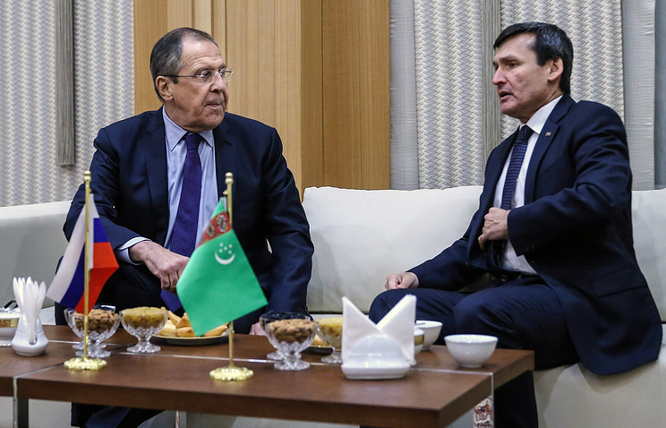 Russian Foreign Minister Sergey Lavrov and Turkmenistan's Foreign Minister Rashid Meredov