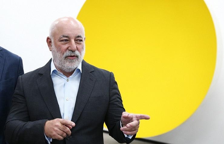 Chairman Renova's board Victor Vekselberg