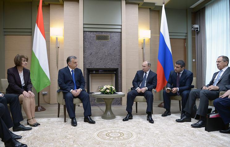 Hungary's Prime Minister Viktor Orban and Russian President Vladimir Putin