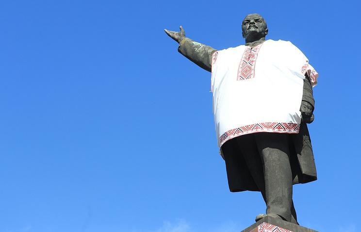 Vladimir Lenin statue in Zaporizhia