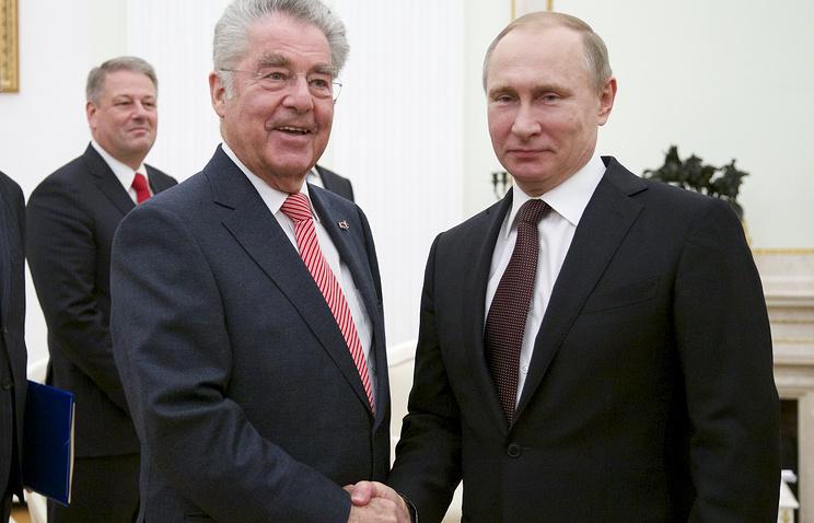 Austrian President Heinz Fischer and Russian President Vladimir Putin