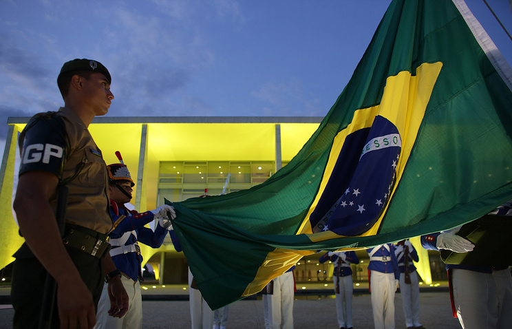 Soldiers of the Presidential Guard in front of the Planalto Presidential Palace, in Brasilia