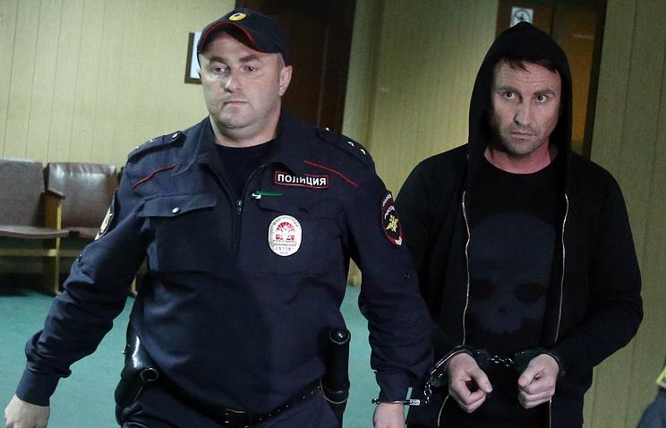 Yuri Chabuyev (right)