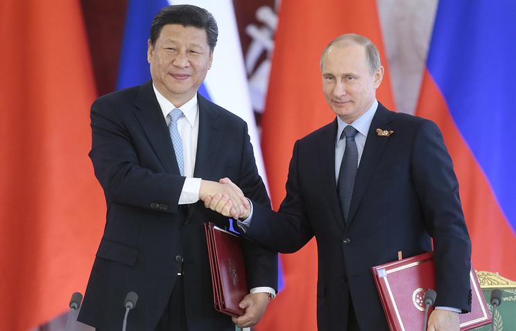China's President Xi Jinping and Russian President Vladimir Putin, May 8, 2015