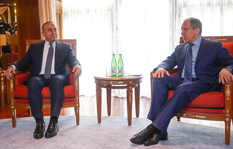 Turkish and Russian foreign ministers, Mevlut Cavusoglu and Sergey Lavrov