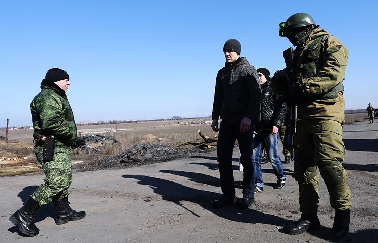 Prisoner exchange in Ukraine's war-torn Donbass (archive)