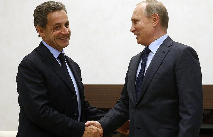 Nikolas Sarkozy and Vladimir Putin (archive)