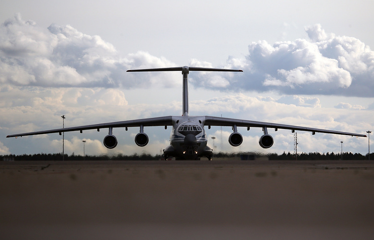 Il-76 strategic airlifter