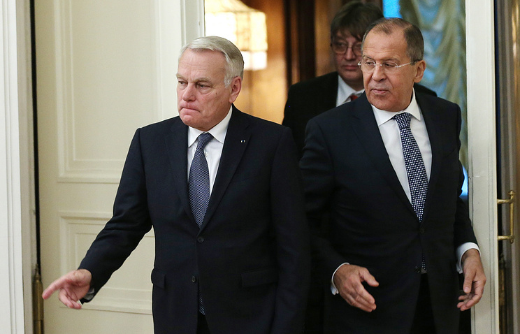 French and Russian Foreign Ministers, Jean-Marc Ayrault and Sergey Lavrov