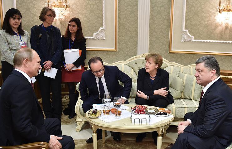Russia's president Vladimir Putin, France's president Francois Hollande, Germany's chancellor Angela Merkel and Ukraine's president Petro Poroshenko