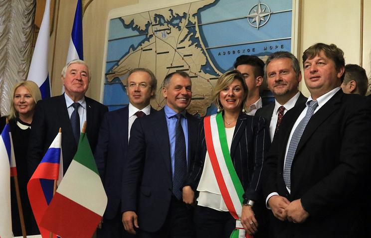 Italian delegation in Crimea