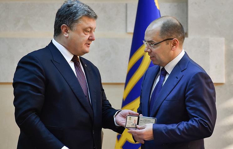 Ukrainian President Pyotr Poroshenko and Odessa Region's new governor Maksim Stepanov