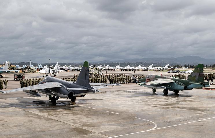 Russian aircraft at Hmeymim air base in Syria
