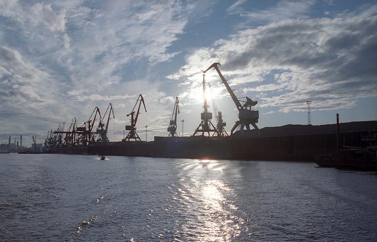 Port in Yakutsk