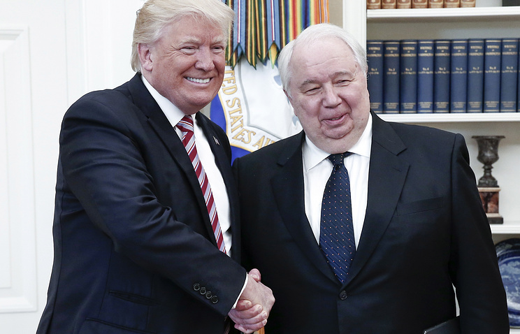 US President Donald Trump and Russian Ambassador to the United States Sergei Kislyak