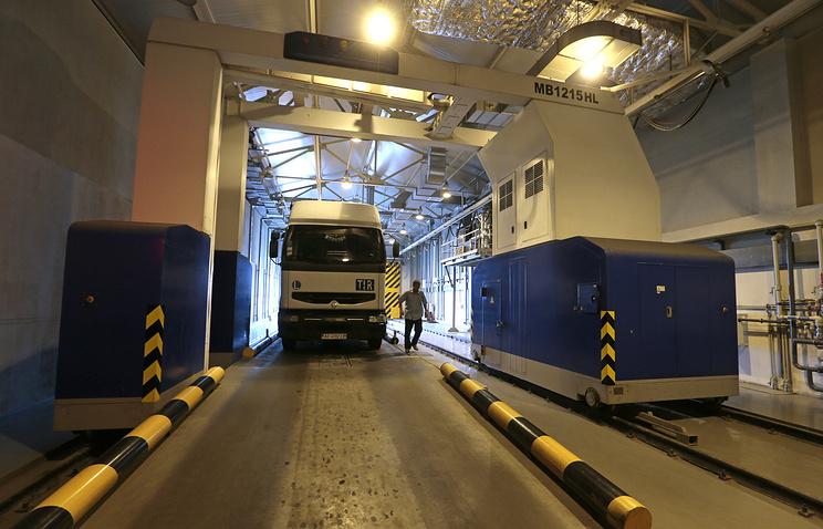 A truck on the Russian-Ukrainian border