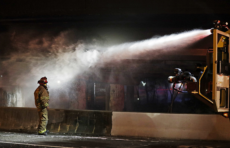 11 killed in Georgia hotel fire