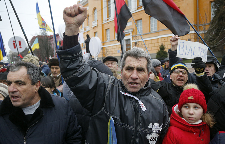 Supporters of Mikhail Saakashvili in central Kiev, Ukraine