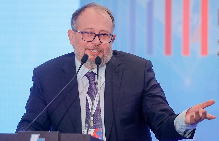 Vladimir Lisin, the president of the NLMK steel company, emerged again as the richest Russian in 2018 with $19.1 bln