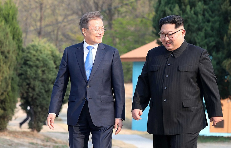 North Korean and South Korean leaders, Kim Jong-un and Moon Jae-in