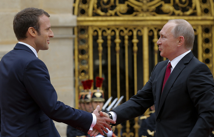 French President Emmanuel Macron and Russian President Vladimir Putin, May 29, 2017