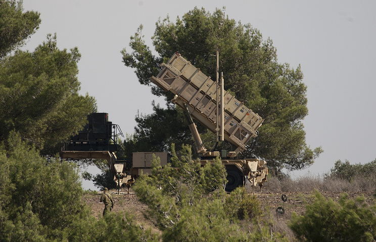 Israel shoots down Syrian regime jet over Golan Heights