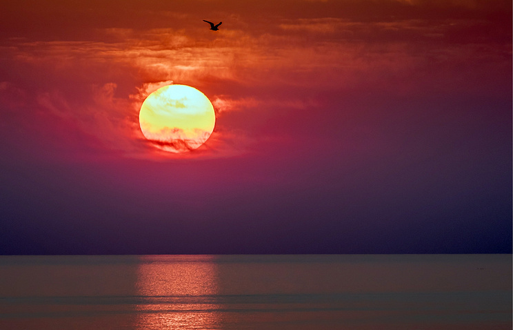 A sunset above the Sea of Azov