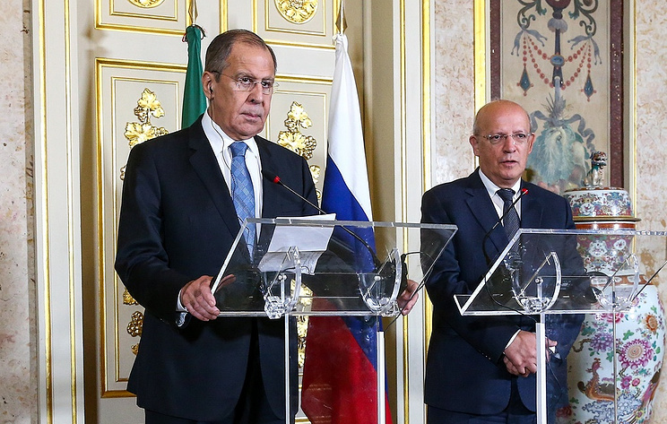 Russian Foreign Minister Sergey Lavrov with his Portuguese counterpart Augusto Santos Silva