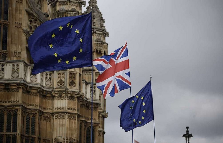 Petition calling for Brexit reversal crashes United Kingdom parliament website