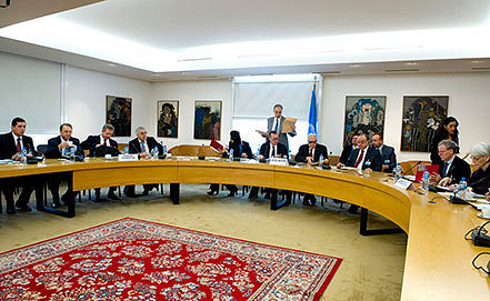 Talks on Geneva-2 peace conference. EPA/VIOLAINE MARTIN