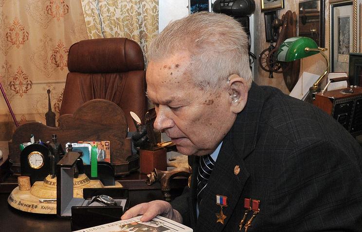 Конструктор Михаил Калашников