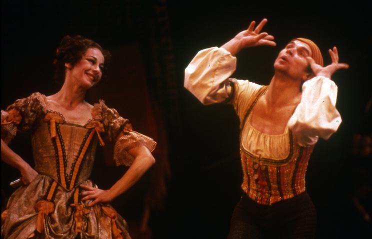 """Рудольф Нуреев и Лаура Янг в балете """"Дон Кихот"""" в Нью-Йорке, 1983 год"""