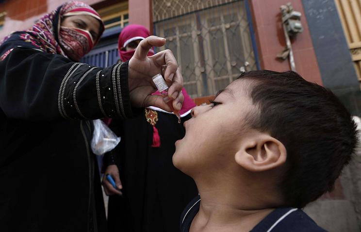 Кампании по вакцинации детей в Пакистан