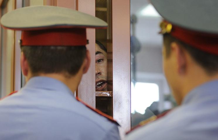 Кахабер Чичуа, обвиняемый в вооруженном нападении на поселок Сагра летом 2011 года, в зале заседаний Свердловского областного суда