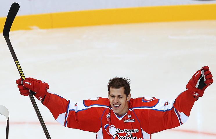 Е.Малкин на благотворительном хоккейном матче команд И.Ковальчука и А.Морозова в Твери