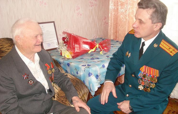 Ветеран Великой Отечественной войны Николай Пономарев получил награду за подвиг спустя 72 года