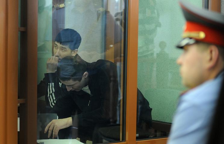 Обвиняемые в вооруженном нападении на поселок Сагра летом 2011 года в зале заседаний Свердловского областного суда. 2 августа 2012 года