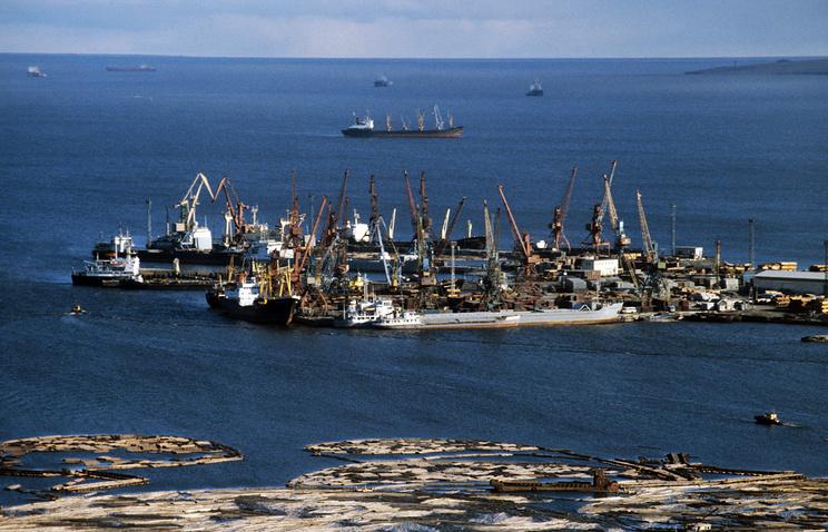 Морской порт Тикси, 1987 год
