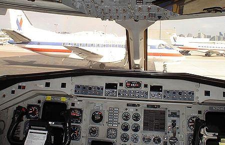 Кабина пилотов самолета Saab-340