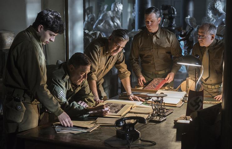"""Акция приурочена к выходу на широкий экран во Франции киноленты Джорджа Клуни """"Охотники за сокровищами"""". На фото - кадр из фильма"""