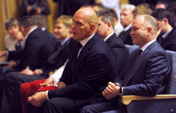 Александр Карелин и Владимир Знатков (слева направо)