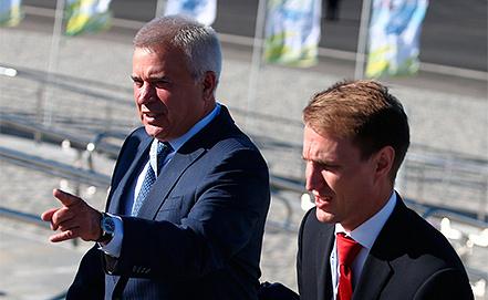 """Президент ОАО """"Лукойл"""" Вагит Алекперов (слева). Фото ИТАР-ТАСС/ Станислав Красильников"""