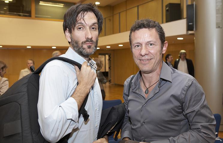 Испанские журналисты Хавьер Эспиноса (справа) и Рикардо Гарсия Виланова, 24 мая 2012 года
