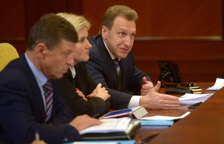 Вице-премьеры Дмитрий Козак, Ольга Голодец и первый вице-премьер Игорь Шувалов на совещании по социально-экономическому развитию Крыма и Севастополя.