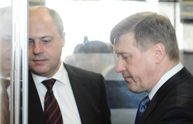 Анатолий Локоть (справа) и экс-вице-губернатор Новосибирской области Андрей Ксензов