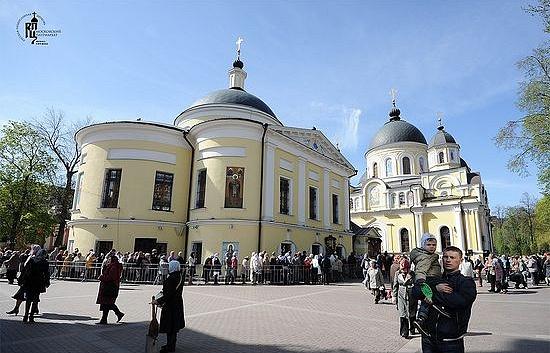 Храм Покрова в мужском Покровском монастыре