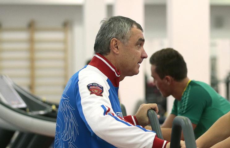 Леонид Мельников