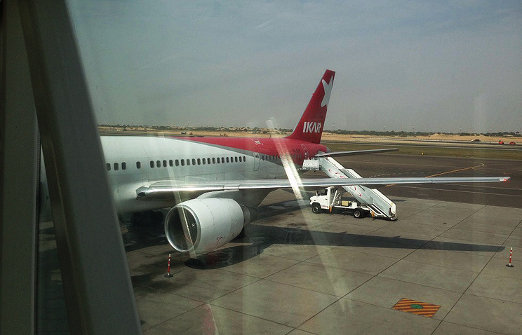 "Boeing 757-200 авиакомпании ""Икар"""