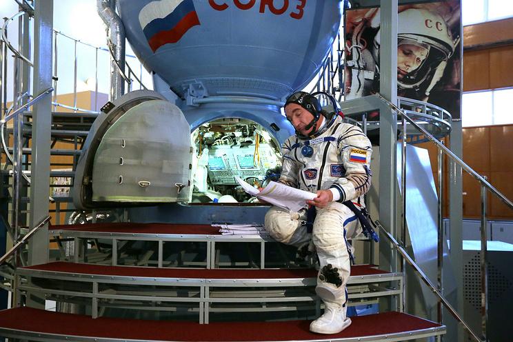 Член основного экипажа МКС-39/40 россиянин Александр Скворцов во время комплексных экзаменационных тренировок на в Центре подготовки космонавтов в Звездном городке