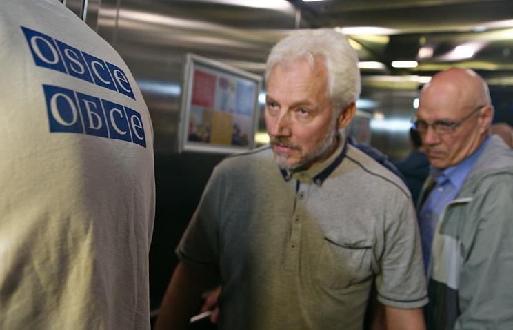 Сотрудники миссии ОБСЕ, освобожденные в Донецкой области